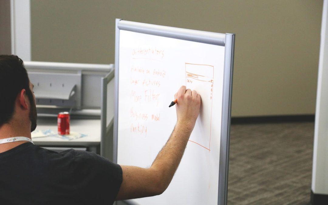 Conseil en stratégie : Petite entreprise ? Voici les avantages à engager un consultant stratégique