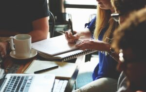 5s : Mise en œuvre de la méthode 5s, pour assurer l'efficacité sur le lieu de travail